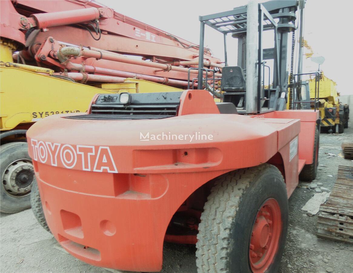 TOYOTA FD200 Schwerlaststapler