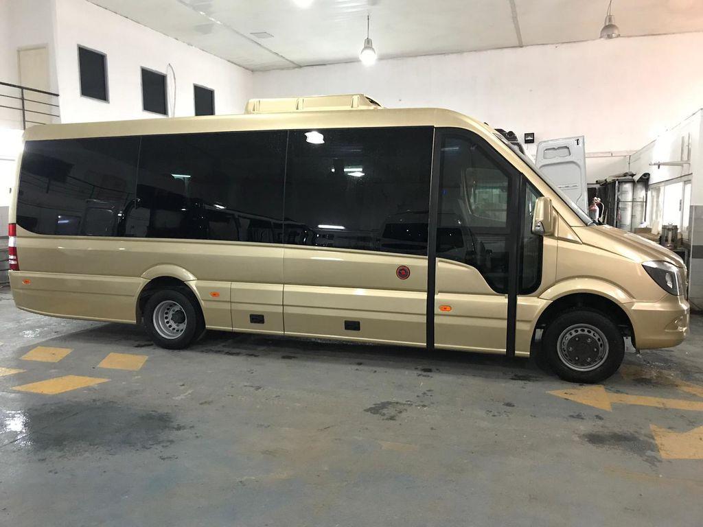 neuer MERCEDES-BENZ 516 Kleinbus