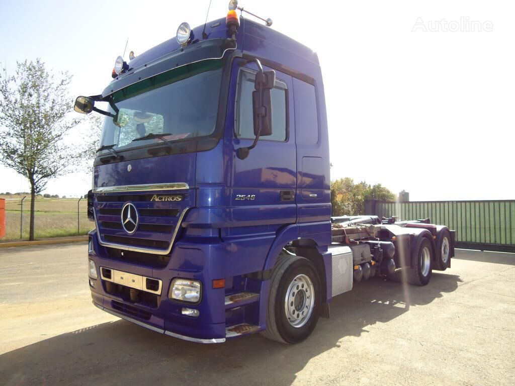 VOLVO ACTROS 25 46 Abrollkipper