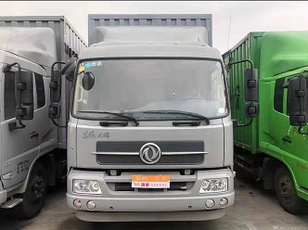 DONGFENG Cargo truck Koffer-LKW